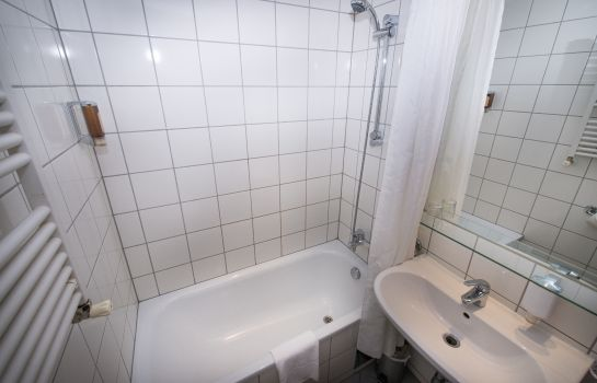 pakat cityhotel - wien günstig bei hotel de, Badezimmer ideen