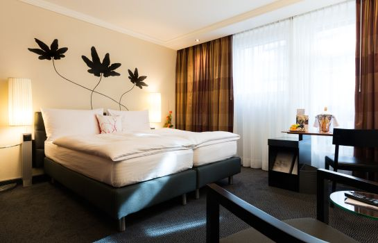 Double room (standard) Hotel Basel