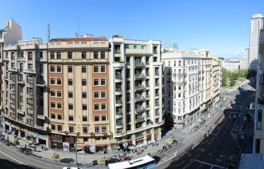 Buitenaanzicht Hotel Madrid Centro managed by Melia