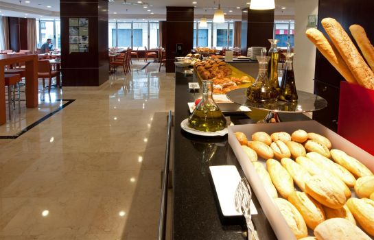 Restaurant Hotel Mad Plaza España managed by Melia