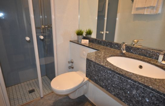 Bagno in camera AAA Budget Hotel