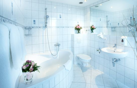 Bagno in camera Hotel Astor Kiel by Campanile