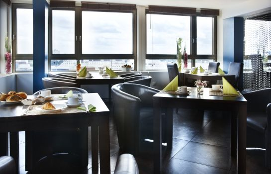Breakfast room Hotel Astor Kiel by Campanile