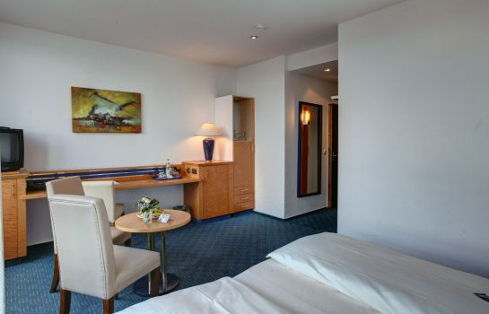 Room Hotel Astor Kiel by Campanile