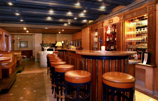 Hotel bar Golden Tulip Hotel Olymp
