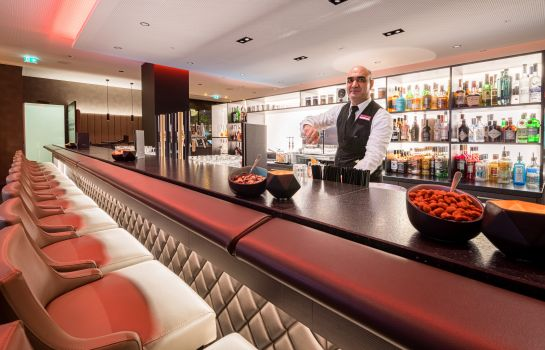 Bar hotelowy Best Western Plus Central Hotel Leonhard