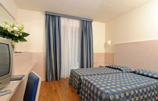 Double room (standard) Caravel