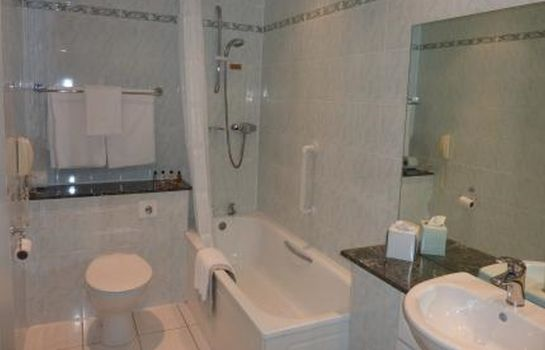 Bagno in camera Nethybridge Hotel
