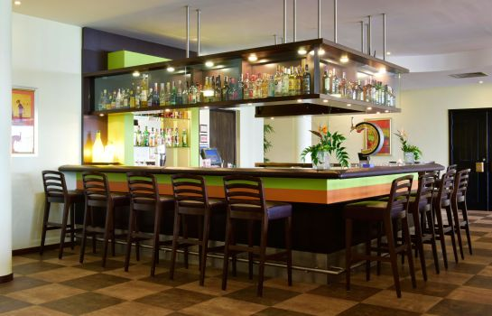 Bar del hotel Pestana Viking Beach Resort