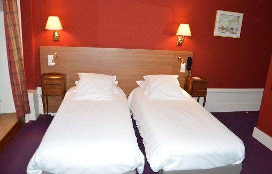 Grand Hotel De L Univers In Amiens Hotel De