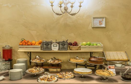 Breakfast buffet Veneto Palace