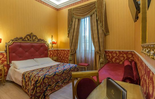 Double room (superior) Veneto Palace