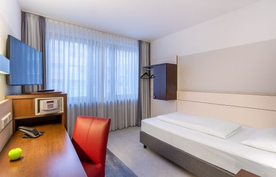 Single room (standard) Ferrotel Duisburg Partner of Sorat H