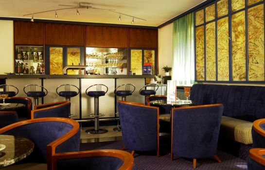 Bar del hotel IntercityHotel
