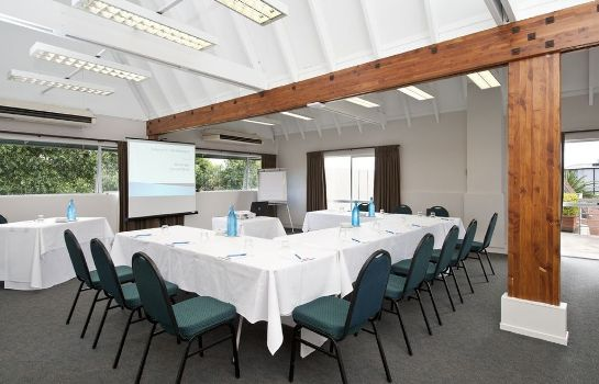 Conference room Auckland Rose Park Hotel