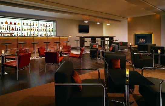 Hotel bar Sheraton Frankfurt Airport Hotel and Conference Center