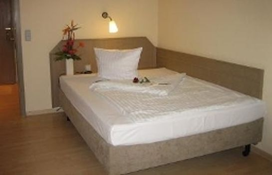 Single room (standard) Best Western Rosenau