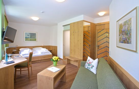 Hotel Zur Muhle Ismaning Great Prices At Hotel Info