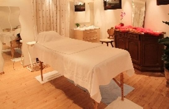 Massage room Atlas Grand Hotel Partenkirchen
