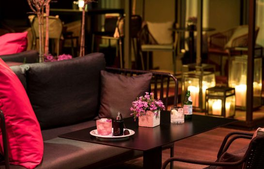 Bar del hotel NH Collection Amsterdam Grand Hotel Krasnapolsky