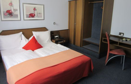 Double room (standard) Am Dom