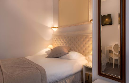 Double room (standard) Princesse Caroline Paris