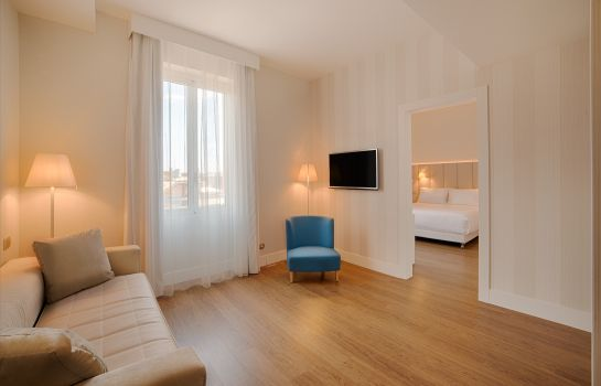 Junior Suite NH Genova Centro