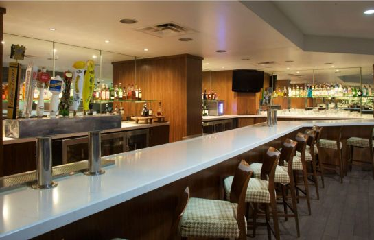 Bar del hotel DoubleTree by Hilton Bloomington -Minneapolis South