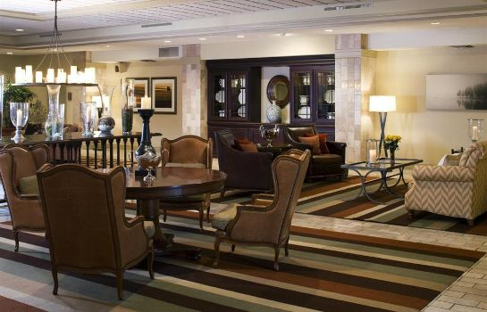 Vestíbulo del hotel DoubleTree by Hilton Bloomington -Minneapolis South