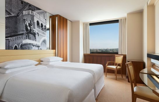 Doppelzimmer Standard Four Points by Sheraton Padova