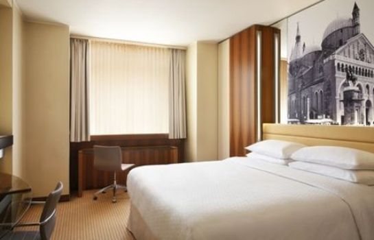 Zimmer Four Points by Sheraton Padova