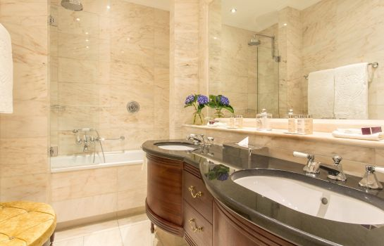 Salle de bains Excelsior Hotel Ernst Leading Hotels of the World