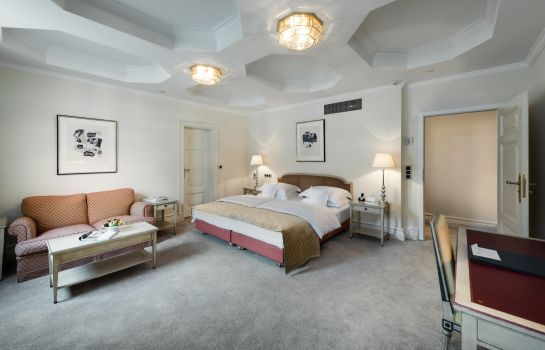 Doppelzimmer Komfort Excelsior Hotel Ernst Leading Hotels of the World