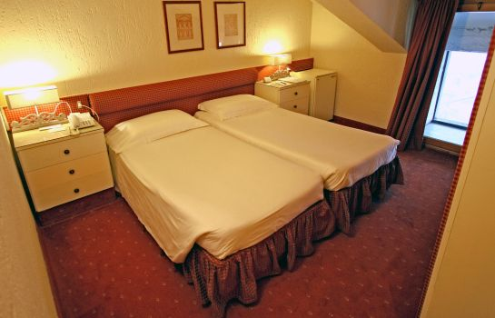 Double room (standard) Grand Hotel Royal e Golf