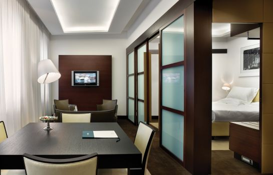 Suite UNAHOTELS Cusani Milano