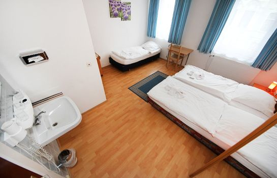 Dreibettzimmer City Hotel Storch