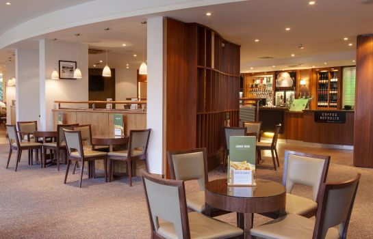 Hotel bar Holiday Inn LONDON - SHEPPERTON