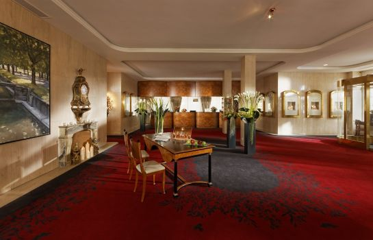 Hol hotelowy Grand Hotel National