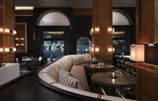 Hotel bar Beverly Wilshire Four Seasons