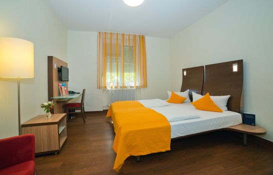 Double room (standard) Stadthotel Freiburg Kolping Hotels & Resorts