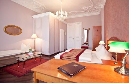 kult-hotel auberge - berlin – great prices at hotel info, Hause deko