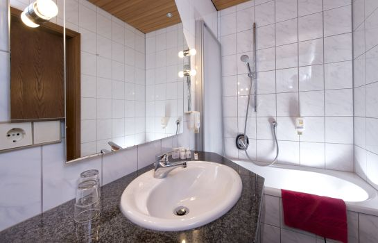 Bagno in camera Goldenes Fass TOP-Hotel