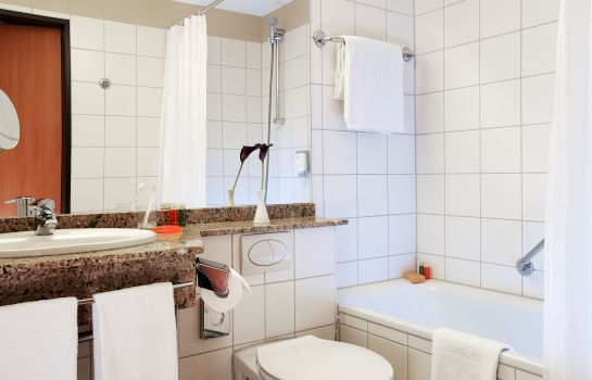 Bagno in camera NH Viernheim