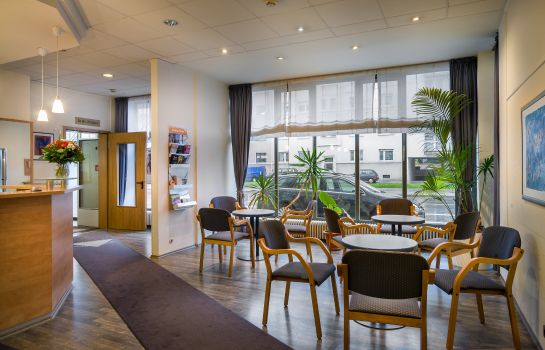 Reception Novum Hotel Greif