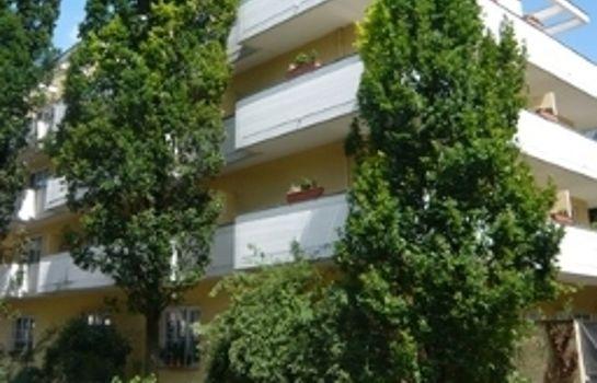 Hotel Biederstein Am Englischen Garten Munich Great Prices At Hotel Info