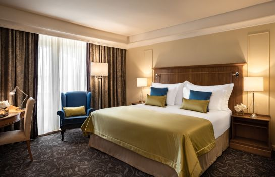 Double room (standard) Corinthia Palace Hotel & Spa