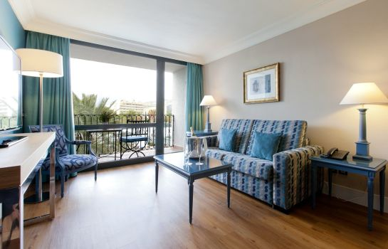 Suite Los Monteros Spa & Golf Resort Hotel