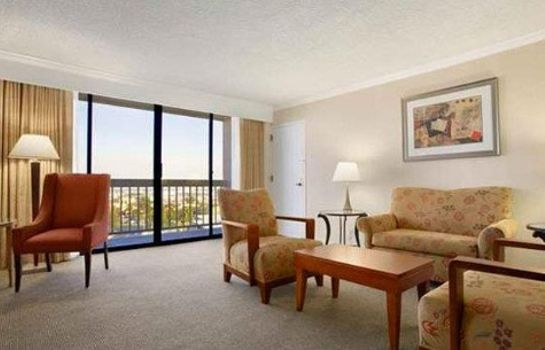 Suite Ontario Airport Hotel and Conference Center