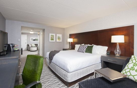Suite DoubleTree by Hilton Chicago - North Shore Conference Center