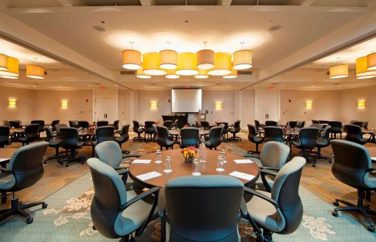 Conference room DoubleTree by Hilton Chicago - North Shore Conference Center